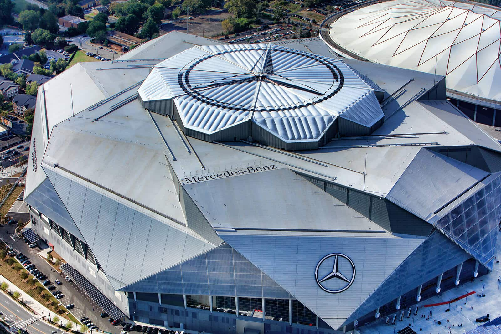 Mercedes benz stadium roof logos for Address of mercedes benz stadium